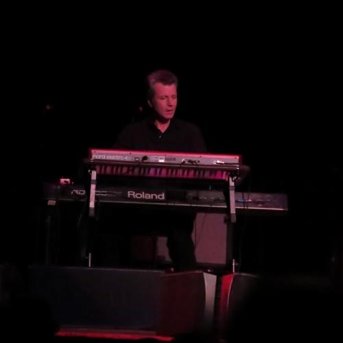 Quinn's keyboardist