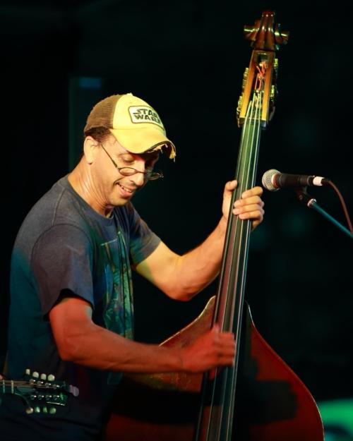 HDATZ bass player
