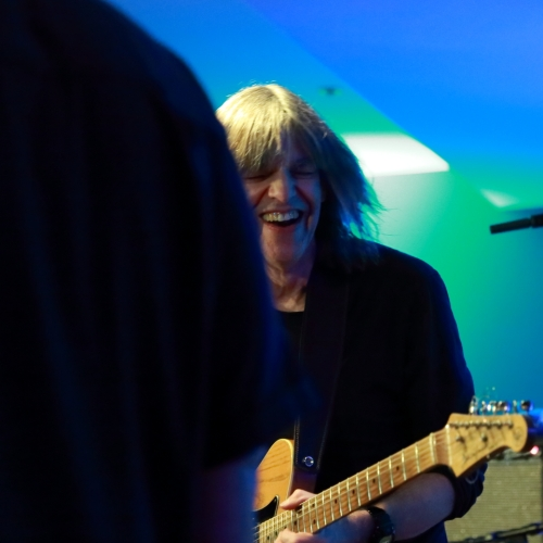 Mike Stern 'conversing' with Randy Brecker