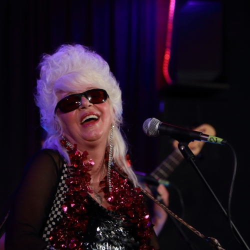 Christine Ohlman, the Beehive Queen!