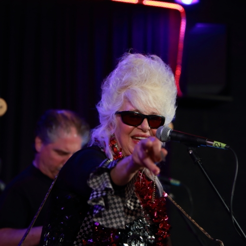 Christine Ohlman, the first time she made eye contact with me