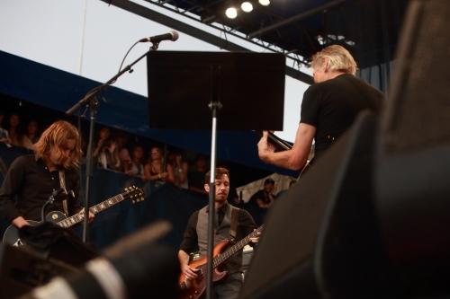 Carl Broemel, Tom Blankenship, Roger Waters