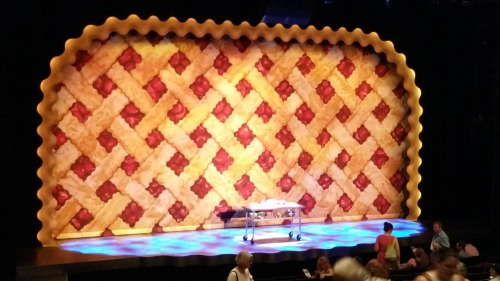 'Waitress' curtain