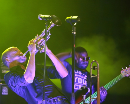 Trombone Shorty during the long note