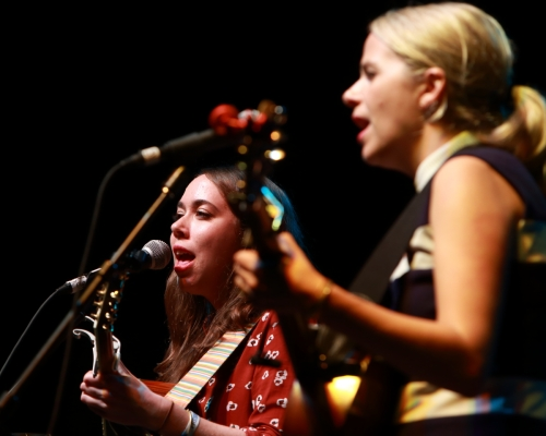 Sarah Jarosz and Aiofe O'Donovan