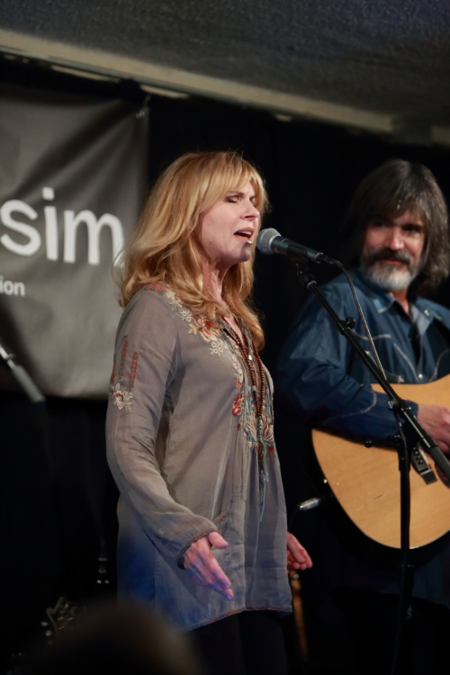 Teresa Williams, Larry Campbell