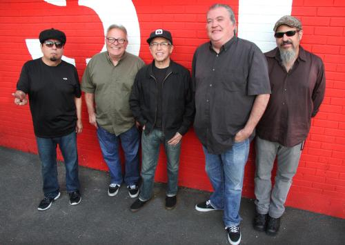 Los Lobos (Official Photo)