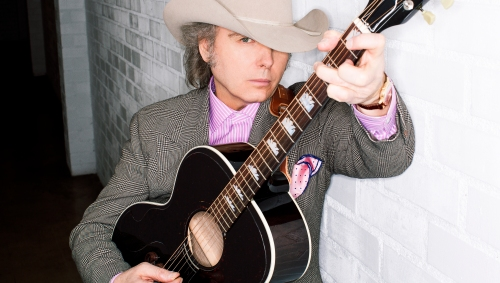 Dwight Yoakam (photo by Emily Joyce)