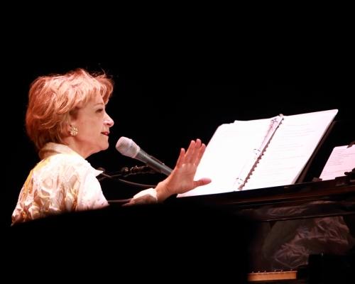 Yvonne Monnett